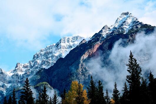 mountain pic.example of Semantic Segmentation